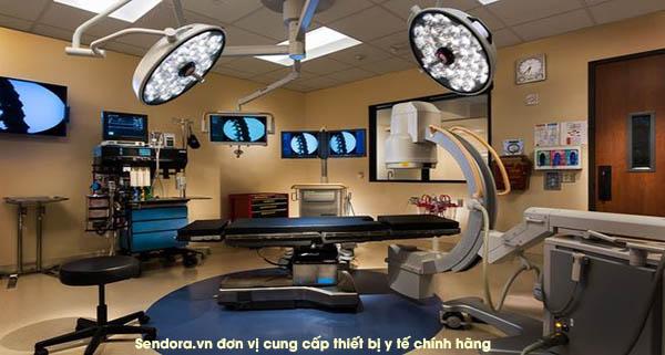 đèn mổ phẫu thuật