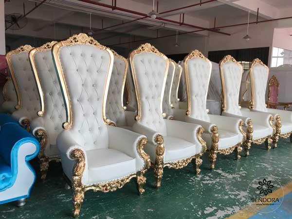 Ghế sofa nail sang trọng dành cho quý-xì-tộc