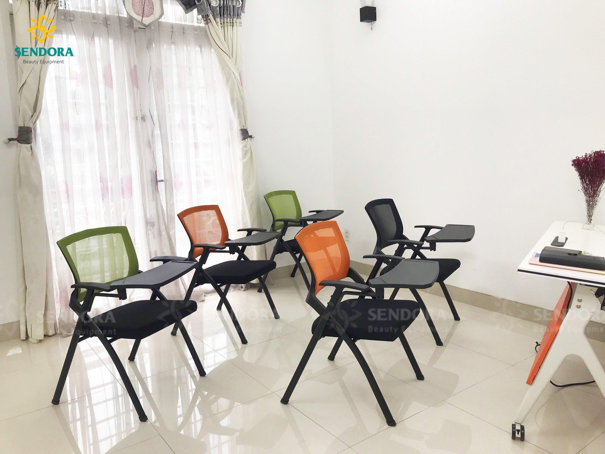 Ghế xếp liền bàn