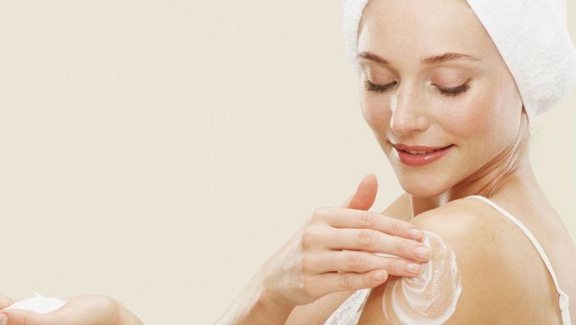 Có nên tắm trắng không và có những cách tắm trắng nào?